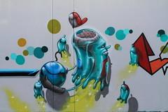 bubble brain (Pixeljuice23) Tags: streetart graffiti italia mainz treviso bubblehead friendlyfire pixeljuice pixeljuice23
