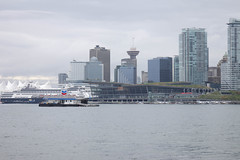 Stanley Park (2) (evan.chakroff) Tags: canada vancouver waterfront britishcolumbia stanleypark 2009 lmnarchitects lmn vancouverconventioncenter evanchakroff chakroff