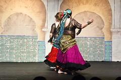 (b0n2a1) Tags: dance nikond70 bellydance bremerton samara bellydancers fallshow samaradancers johnconn bremertoncommunitytheatre