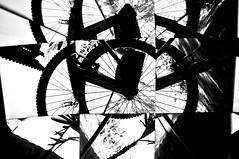 BICICLETA FRAGMENTOS -  (8) (ALEXANDRE SAMPAIO) Tags: light luz linhas brasil arte imagens bicicleta mosaico contraste fractal beleza colagem formas desenhos franca reflexos fantstico espelhos ritmo volume experimento criao detalhes montagem iluminao geometria realidade labirinto formao irreal cubismo tridimensional composio multiplicidade recortes criatividade estrutura imaginao esttica pontodevista possibilidade experimentao caleidoscpio fragmentos deformao inteno mltiplo fragmentao transcendncia irrealidade alexandresampaio intencionalidade bicicletafragmentos