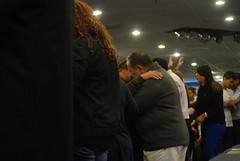 Servicio - 11/27/13 (Rudy Gracia) Tags: people music church de hands worship florida god miami south jesus crowd iglesia rudy christian spanish vida hollywood fl pastor praise gracia preaching cristiana segadores ruddy predica