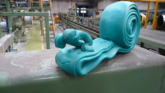 HUMOR INDUSTRIAL VOL.2 (PESTAWINE (l'lter ego del Miquel)) Tags: art creativity funny arte snail plastic waste creatividad gracioso residu cargol residuo creativitat divertit plstico gracis cararcol