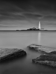 Theres something about Mary... (Phil 'the link' Whittaker (gizto29)) Tags: longexposure lighthouse seascape mono blackwhite foreground grads whitleybay stmaryslighthouse leefilters koodnd4