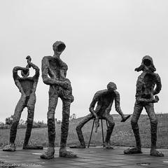 PAD July 2015 - 13 : The Dance / Dansleikur (Guruinn) Tags: sculpture art statue iceland pad july statues thepearl pearl perlan reykjavík ísland 2015 theball thedance styttur júli stytta dansleikur listaverk þorbjörgpálsdóttir