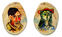 Pablo Picasso & Dora Maar natural wood slice sanded pendant. (john bonham2) Tags: color necklace spain keychain unique paintings full painter pendant pablopicasso doramaar