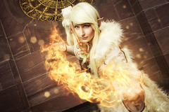 Tales Fire (WorldXPhotography) Tags: worldxphotography frankfurter buchmesse 2016 convention pokemon ginjika cosplay ashizu higawa ninetales nine tails vulnona warm fire feuer particles epic