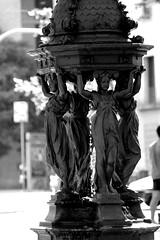 Fuente, Barcelona (jmartinezfotos) Tags: fuente fountain escultura sculpture arte art lasramblas cataluña catalonia españa spain