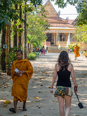 P1300266 (ivanpecina1) Tags: cambodia angkor temple budist monk sunrise asia olympus micro43 monjes camboya amanecer 40150