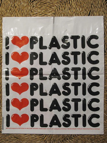 Plastic Bag # 04b (streamer020nl) Tags: plastic bag zakje tasje tüte bezet dept free gratis amsterdam holland 1999 2000 2001 heart