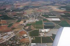 Décollage Séville : Larinconada (Maillekeule) Tags: vol flight window hublot spain espana espagne transavia larinconada decollage take off seville sevilla
