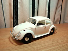 1966 Volkswagen 1300 Beetle (orangechallenger) Tags: model models 124 kit tamiya