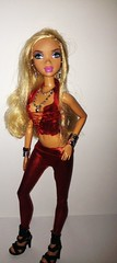 Examples to the theme COLORS :) (Beauty_zo) Tags: red fashion barbie scene zo my