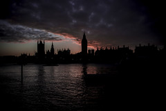 Big Ben (D.Ph) Tags: city uk bridge sunset england sky sun london eye tower thames night clouds river landscape evening big long exposure tramonto nuvole ship torre ben united fiume kingdom piccadilly belfast nave cielo di capitale sole londra notte paesaggio sera citt inghilterra hms lunga esposizione tamigi metropoli unito westmister regno