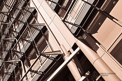 Frankfurt. Germanic symmetry (Juan C. Garca Lorenzo) Tags: travel architecture germany arquitectura nikon europa europe geometry frankfurt eu symmetry viajes alemania frankfurtammain frankfurtmain ue simetra geometra frncfort