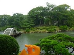 Charizard in Hiroshima, Hiroshima 12 (Shukkei-en Garden) (Kasadera) Tags: toys hiroshima figure pokemon pokmon  charizard   glurak  shukkeiengarden pokemonkids   dracaufeu