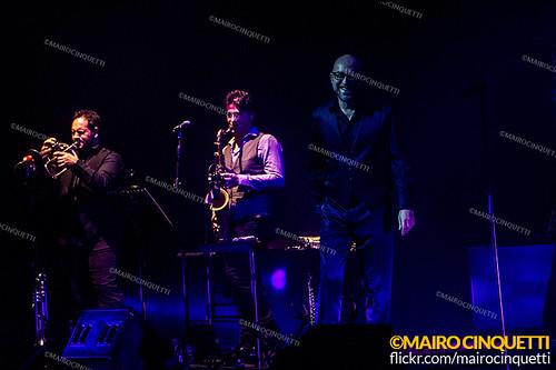 Mario Biondi - Teatro degli Arcimboldi - Milano - 13 Dicembre 2013 - © Mairo Cinquetti-26