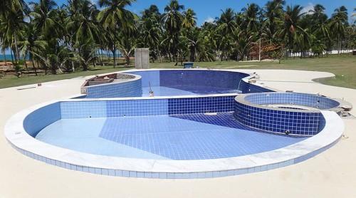 piscina-de-azulejo