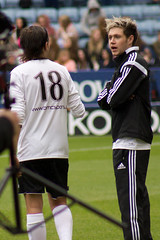 Louis Tomlinson & Niall Horan (vagueonthehow) Tags: onedirection louistomlinson niallhoran niallhorancharityfootballchallenge