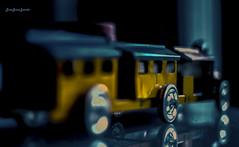 Pequeño tren de hojalata (josejuanzavala) Tags: mexico tren toys morelia michoacan juguetes ltytr2 ltytr1