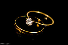 Gold Rings (valmirgoes) Tags: black gold ring diamond jewel ouro anel jia brilhante