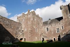 castillo-de-doune-02 (Patricia Cuni) Tags: doune castillo castle scotland escocia outlander leoch forastera