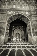 Prayers - Agra, India (Kartik Kumar S) Tags: tajmahal taj agra uttarpradesh india monochrome prayer islam canon 600d tokina 1116mm archittecture arch mosque lines leading