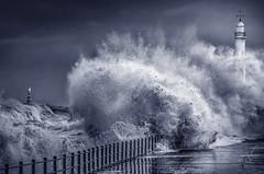 Seaburn Promenade, Sunderland (DM Allan) Tags: stormy seas rough seaburn promenade sunderland wearside stormsurge cliffepark lighthouse waves
