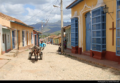 View along Calle Amargura, Trinidad, Cuba (JH_1982) Tags: calle amargura old town oldtown altstadt donkey horse cart cobblestone kopfsteinpflaster architecture historic landmark buildings unesco world heritage site colonial trinidad 特立尼达 トリニダ 트리니다드 тринидад त्रिनिदाद cuba kuba 古巴キューバ 쿠바 куба क्यूबा كوبا