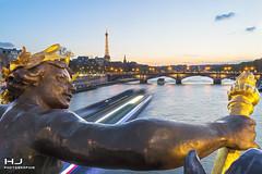 Sunset Paris (Jérôme.hira971) Tags: sunset paris la seine eiffel gold water bateau ship alexandreiii