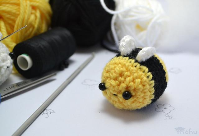 Amigurumi Octopus Mohu : Ravelry: kawaii bee amigurumi pattern by mohu