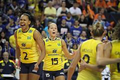 World Grand Prix 2013 - Brasil x Rssia (Pru Leo) Tags: world brazil woman sports brasil russia poland polska grand prix volleyball olympic olympics russian esportes volley olimpiadas gp volei vlei olmpicos sheilla rio2016