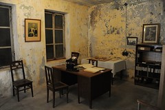 Tingstde fortress (stenaake) Tags: old window wall museum underground table office chair king photos desk sweden room military telephone picture books gotland fortress defence binder tingstde gustavviadolf gustavv tingstdefstning tingstdefortress