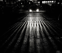 parkinglot headlights bwphotography ryaphotography vision:outdoor=0971 vision:sky=0634 vision:dark=0561