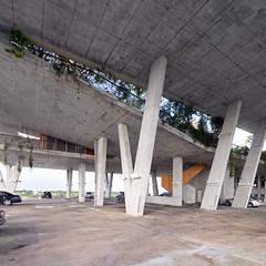 Garage Deck to Green Roof Deck (ken mccown) Tags: architecture parkinggarage miami modernism southbeach herzogdemeuron concretearchitecture 1111lincolnroad