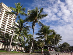 Waikiki Beach, Honolulu, Oahu, Hawaii (katsuhiro7110) Tags: beach hawaii waikiki oahu disney shore tropicalisland honolulu february waikikibeach kalakaua dvc 2014 koolinabeach kuhiobeach  disneyvacationclub aulani 2014february