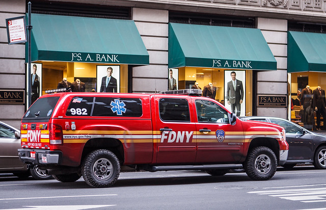 street city nyc red newyork truck fire pickup sierra fdny department gmc 2500hd 982 crewcab