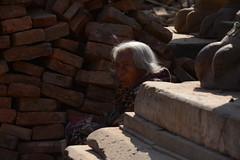 People of Bhaktapur, Nepal (dscheronimo) Tags: bhaktapur nepal nikon d800 frau woman porträt reisefieber fernweh