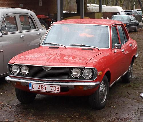 Mazda 616 sedan 1974–1978