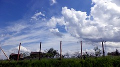 Non esistono segreti per il Cielo (simoneaversano) Tags: sky clouds gate nuvole country campagna cielo cancello uploaded:by=flickrmobile flickriosapp:filter=nofilter