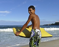 Nice Garoto (alobos Life) Tags: friends boy brazil amigos cute beach boys water beautiful sport rio brasil de fun outdoors nice funny janeiro candid playa guys have garotos enjoying bodyboard divertido