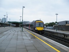170102 at a very wet Cardiff Central, 10th Sept 2010. (Dave Wragg) Tags: diesel railway crosscountry railcar xc dmu cardiffcentral class170 170102
