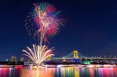 Odaiba Rainbow Fireworks 2013 (45tmr) Tags: city longexposure nightphotography japan night landscape tokyo cityscape nightscape nightshot pentax fireworks 東京 odaiba nightview 夜景 tokyobay rainbowbridge k5 お台場 花火 レインボーブリッジ 東京湾 pentaxk5 お台場レインボー花火