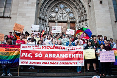 Ato a favor do PLC 122  So Paulo  17.12.13 (midianinja) Tags: saopaulo plc catedral s lgbt da 122 homofobia