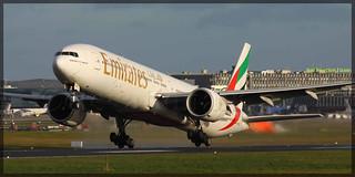 A6-EBZ Boeing 777-31HER Emirates