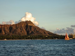 Diamond Head (kenjet) Tags: ocean sunset hawaii day afternoon waikiki oahu pacificocean crater diamondhead partlycloudy