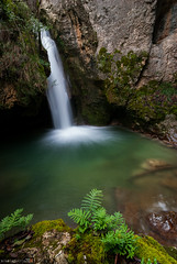Winter Waters V (Perluti) Tags: longexposure winter verde green water rio river waterfall agua nikon sigma filter nd invierno 1020mm euskalherria euskadi araba cascada pasvasco ura ibaia lava sigma1020mm erreka largaexposicin polarizador berdea negua urjauzia sabando antoana d3000 aguake perluti mikelaguirre