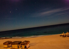Aqu de de paso (Marianeta) Tags: ocean sea beach night mexico sand cabo pacific palapa