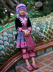 0S1A0993 (Steve Daggar) Tags: thailand chiangmai culture portrait costume longneck karinlongneck hilltribe candid