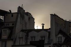 MI CHIAMANO MIMI'.... (FRANCO600D) Tags: parigi paris france tetti solaio controluce tramonto labohéme soffitta operalirica puccini mimì opera giacomopuccini luigiillica giuseppegiacosa viedebohème henrymurger canon eos600d sigma franco600d