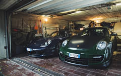 Specs on point. (Alex Penfold) Tags: porsche gt2rs carreragt carerra gt gt2 rs green blue supercars supercar super car cars autos italy 2016
